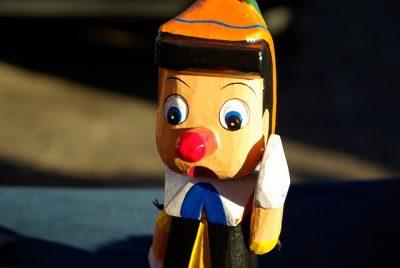 ピノキオ人形