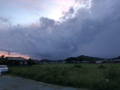 雨雲接近中